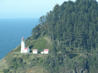 lighthouseOregoncoast.png