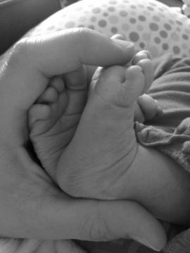 newbornfeetbw